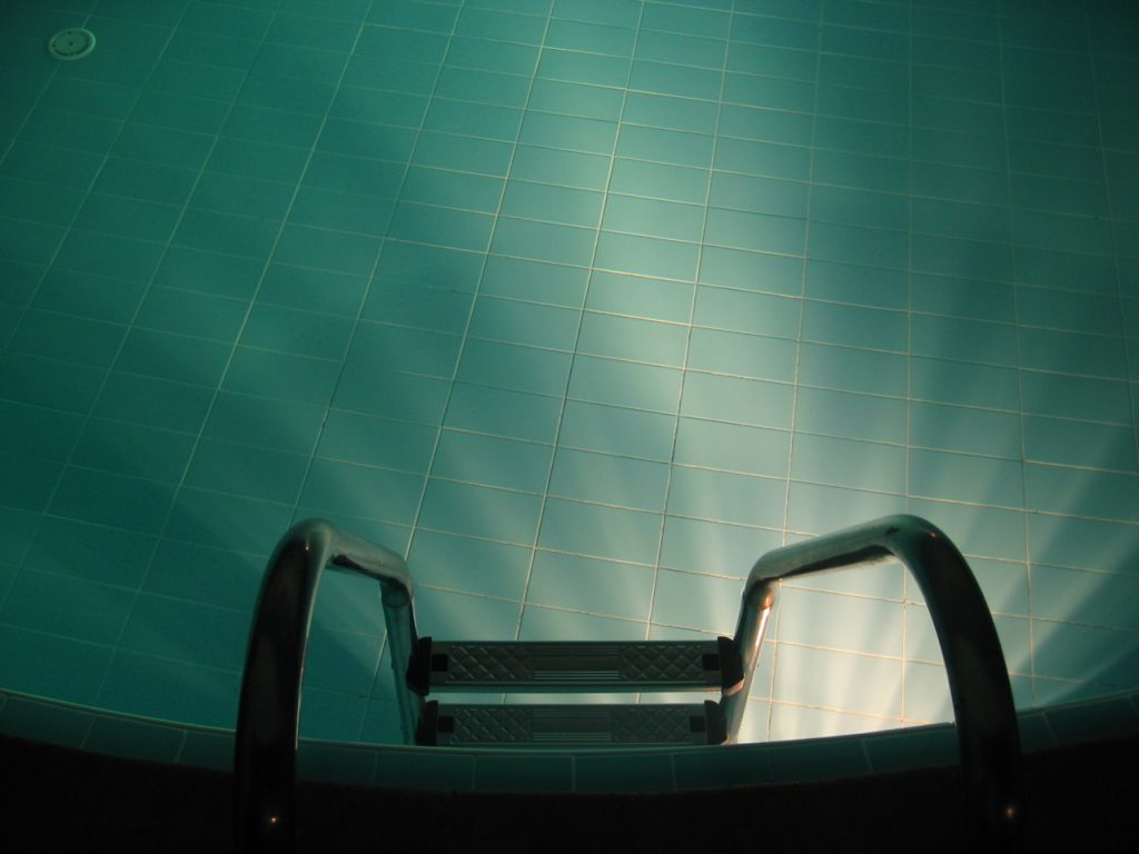 Above Ground Pool Cleaning