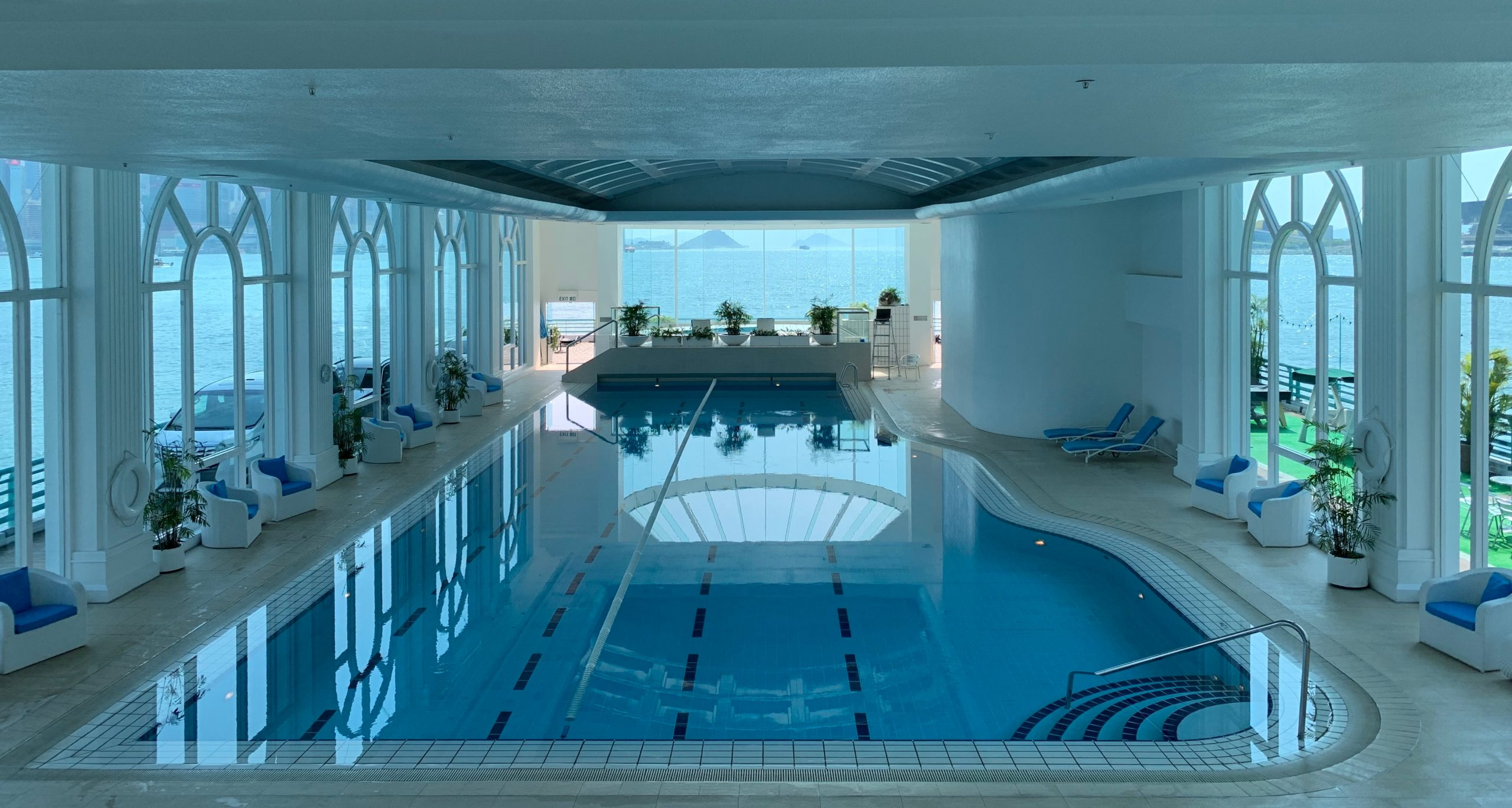 How Humidity Affects Pools
